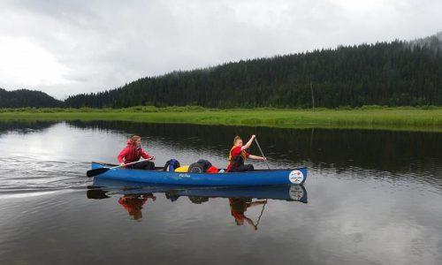 (8.1)bowron_reflextion_canoe